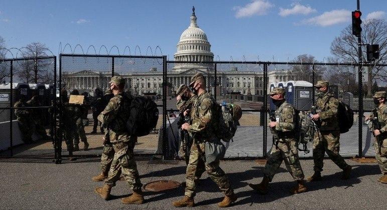 Washington tem dia de segurança reforçada após alerta de invasão - Notícias